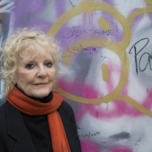 Je T'aime – The Story of French Song with Petula Clark